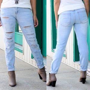 2/$100 Modish Maze destroyed blue jeans size 2